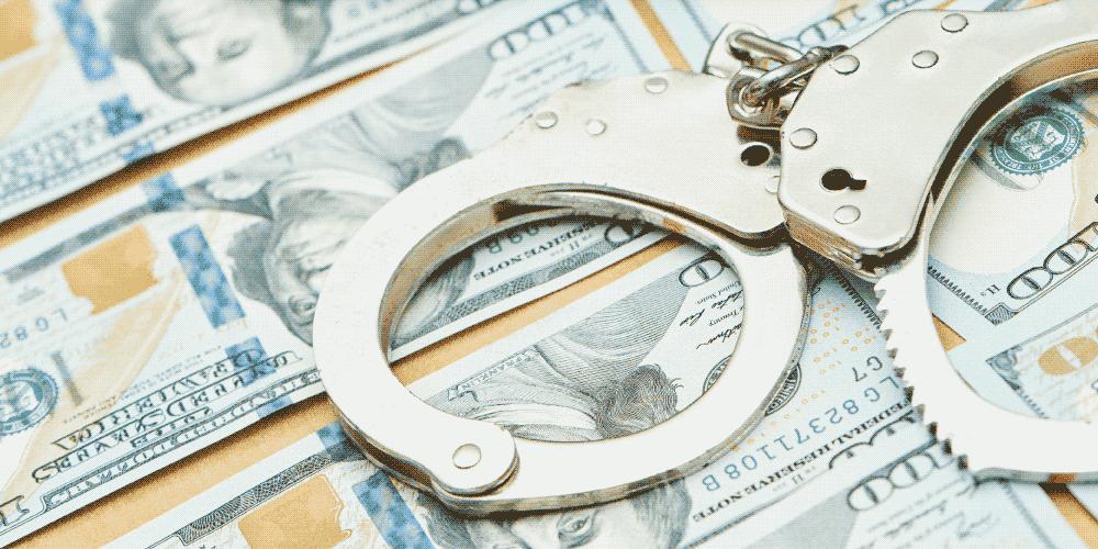 Combate a Lavado de Dinero y Terrorismo