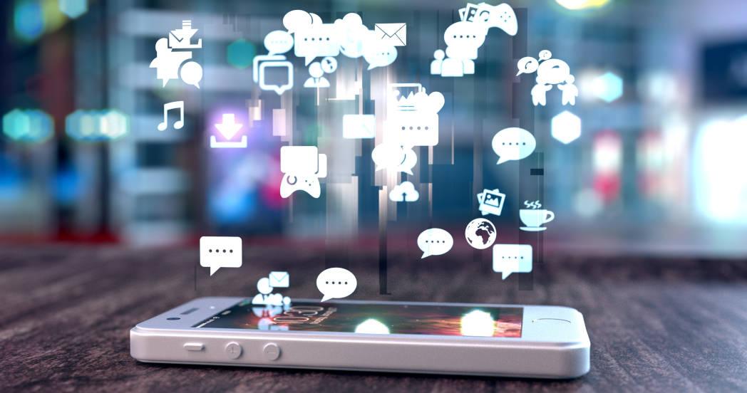 Phishing con acceso remoto, Whatsapp cobrará mensajes y Facebook quita acceso a miles de aplicaciones